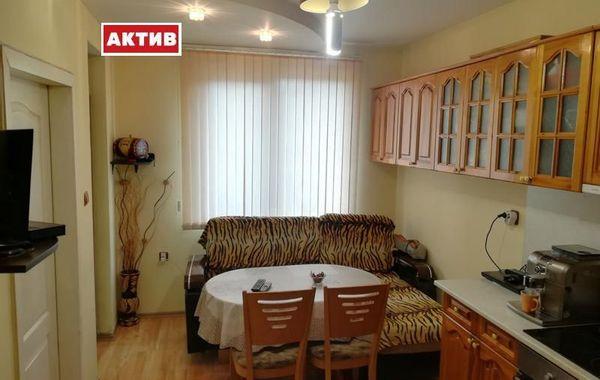 тристаен апартамент търговище 344xmrpu