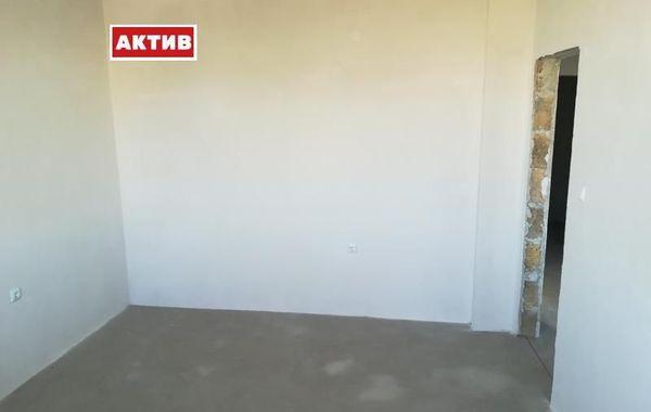тристаен апартамент търговище ns3mvr9p
