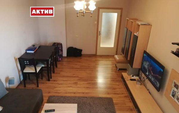 тристаен апартамент търговище w7b5qx6y