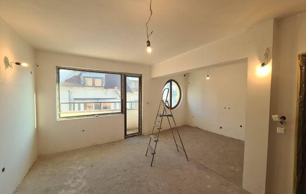 тристаен апартамент хасково 6g54hu34