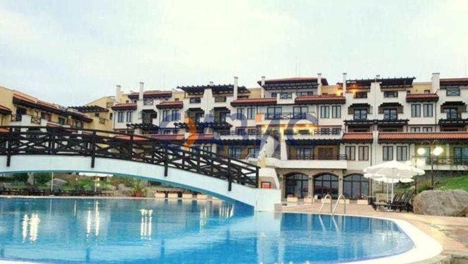 тристаен апартамент черноморец wqhxvys3