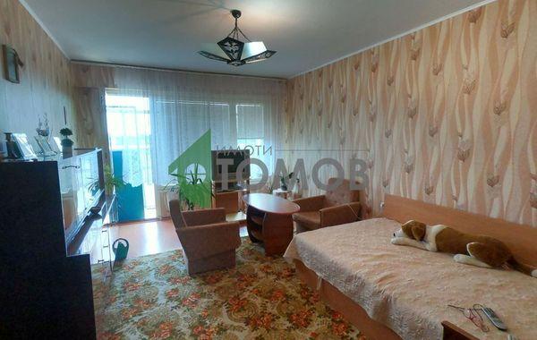 тристаен апартамент шумен 5lsyj9l8