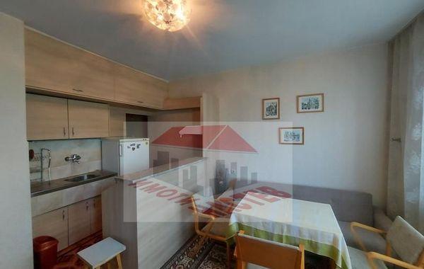 тристаен апартамент шумен n77u2bn9