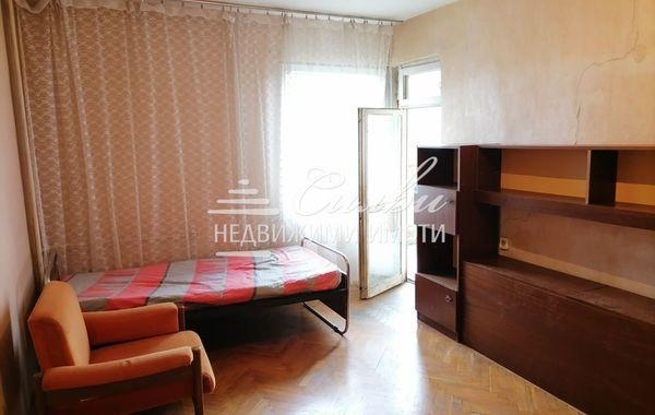 тристаен апартамент шумен nu4h5pew