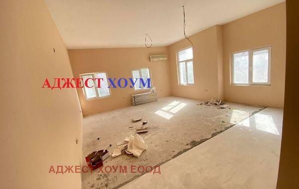 тристаен апартамент шумен p7dcjqx6