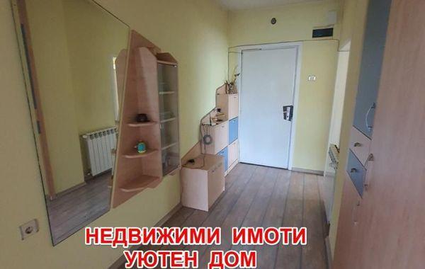 тристаен апартамент шумен swpmwu21