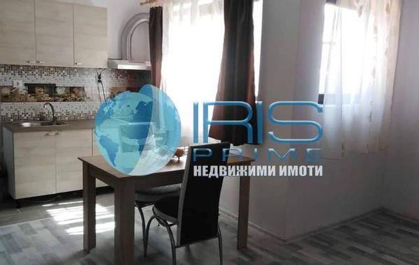 тристаен апартамент шумен wcy34yh6