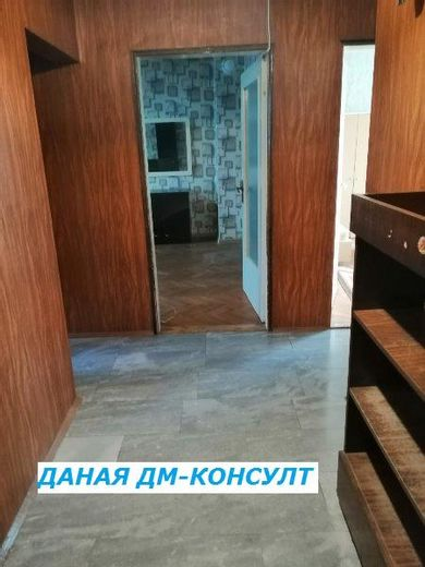 тристаен апартамент шумен y93kgup9